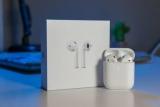 Fone de Ouvido Apple AirPods 2 com Estojo de Recarga com Fio